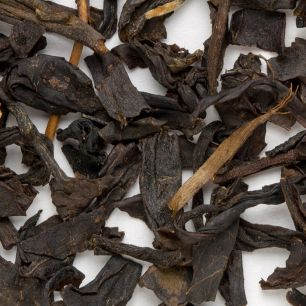 Peach Black tea leaves